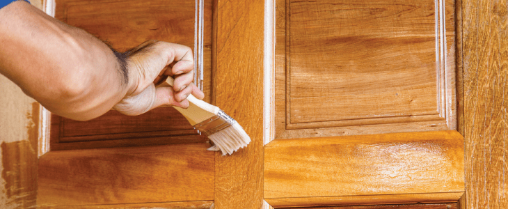 varnishing an oak internal door & Whatu0027s The Difference Between Varnish And Lacquer? Savoy DIY