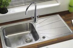 Kitchen Sinks & Taps